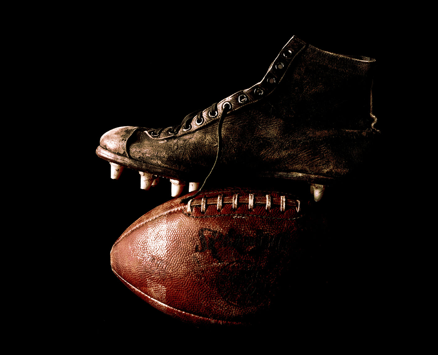 FootballCleat16x20